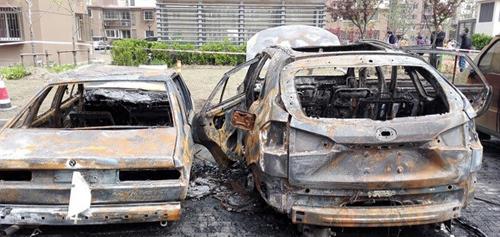 谈震惊上海的两桩新能源车起火事件