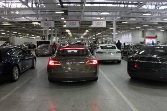 探秘特斯拉生产工厂 走进电动汽车的世界