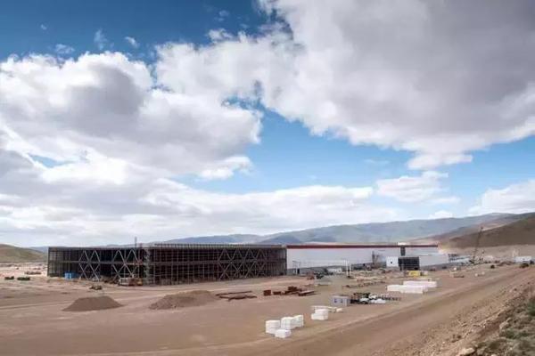 特斯拉超级电池工厂