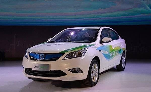 北汽EV200/江淮iEV5遭抛弃 今后拿什么来开网约车?