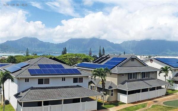 特斯拉推出太阳能屋顶与第二代能源墙等图片