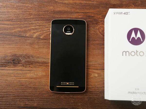 华为Mate 9/Moto Z对比评测:新老两巨头年终PK
