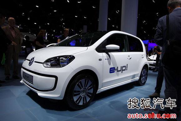 广州车展新能源汽车聚焦 比亚迪唐内饰曝光 图高清图片