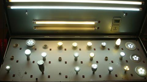 芯联半导体公司展示的LED产品