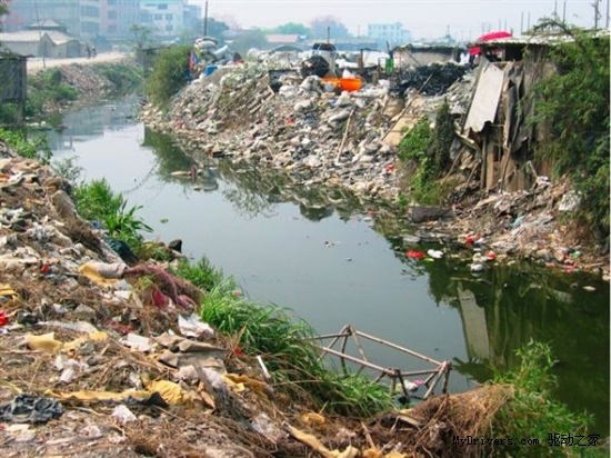 外媒:IT企业电子垃圾倾倒中国