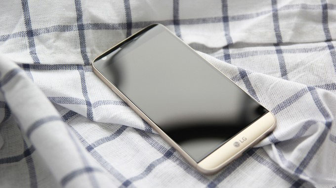 模块化手机LG G5:仅支持拍照手柄模块、HIFI模块和标配的模块