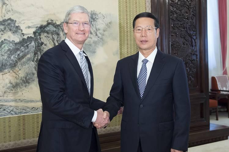 《华尔街日报》:库克访华示好 旨在止住苹果下滑颓势