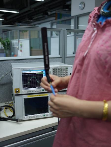 防辐射服的电磁辐射屏蔽效果实测
