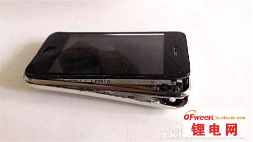 闲置iPhone电池无故爆炸(图)