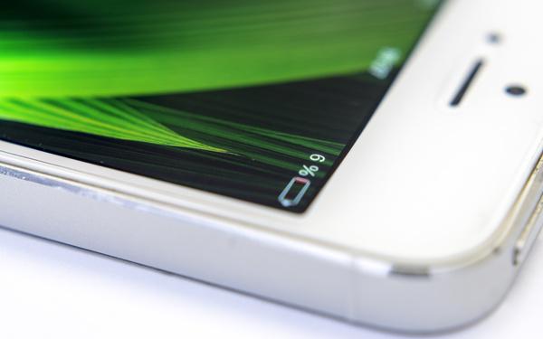 响应果粉:iPhone续航考据 起伏之后终获长进