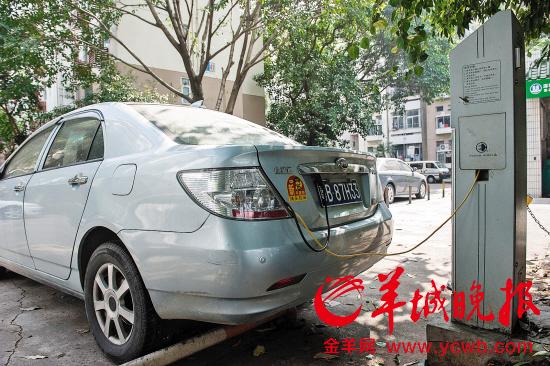 深圳新能源车:限牌摇号一出 秒杀汽油车