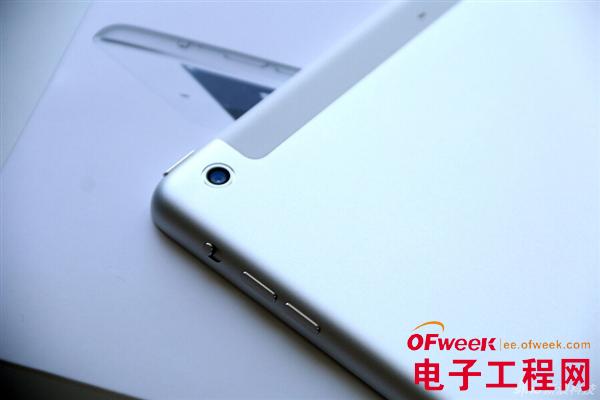 488元,配备Retina屏iPad mini则最低售价3788元,均比Wi-Fi版贵出