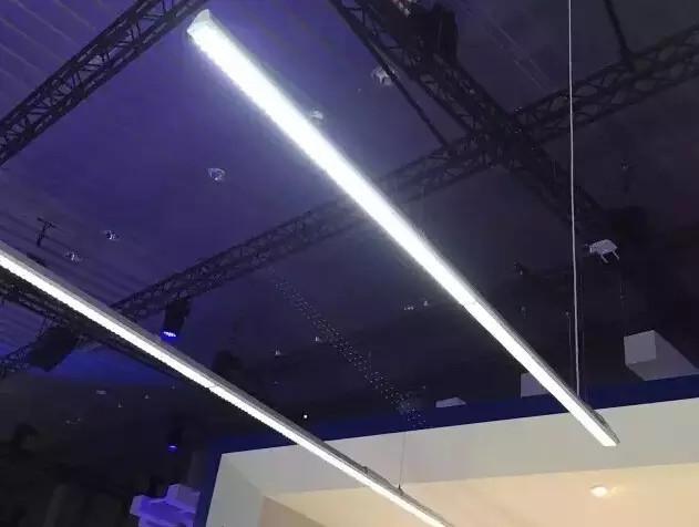 OLED照明、智能照明照亮全球最大照明展