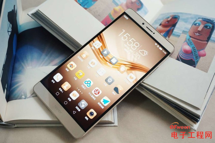 "荣耀Note8 评测:或许会抢了Android Pad的""饭碗"""
