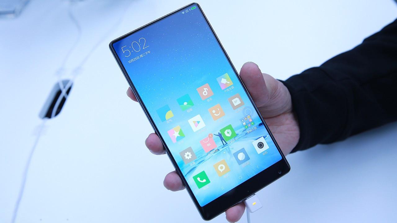 小米MIX真机上手体验:骁龙821+全屏幕黑科技 一款颠覆性的产品