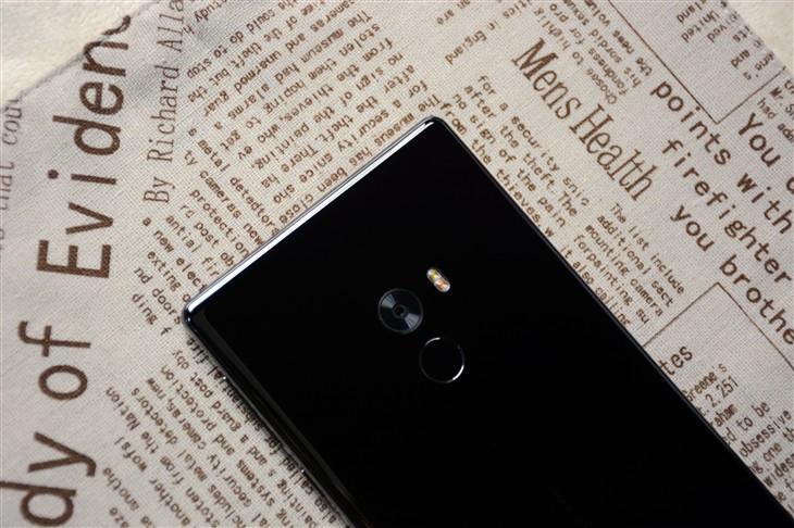 小米MIX体验评测:一款极具未来感的手机 小米创新能力终获证明