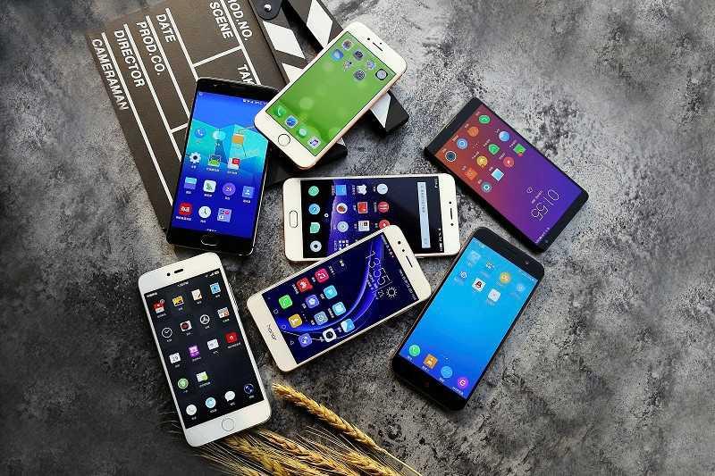 一加3T/小米5/荣耀8/锤子M1等8款手机对比实测